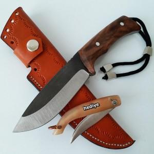 Avcı ve Kamp Bıçağı (22 cm)
